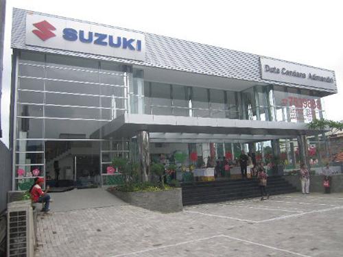 dealer suzuki cinere